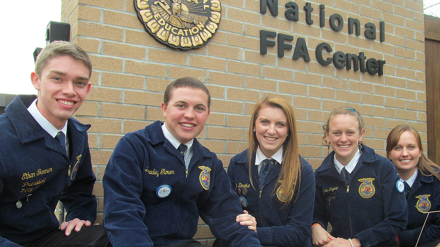 NC State Collegiate FFA members at national headquarters.
