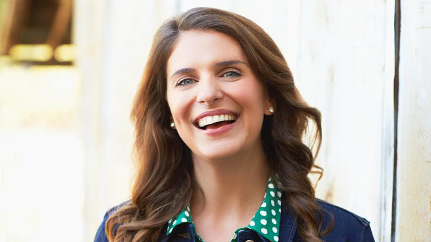 portrait of Vivian Howard