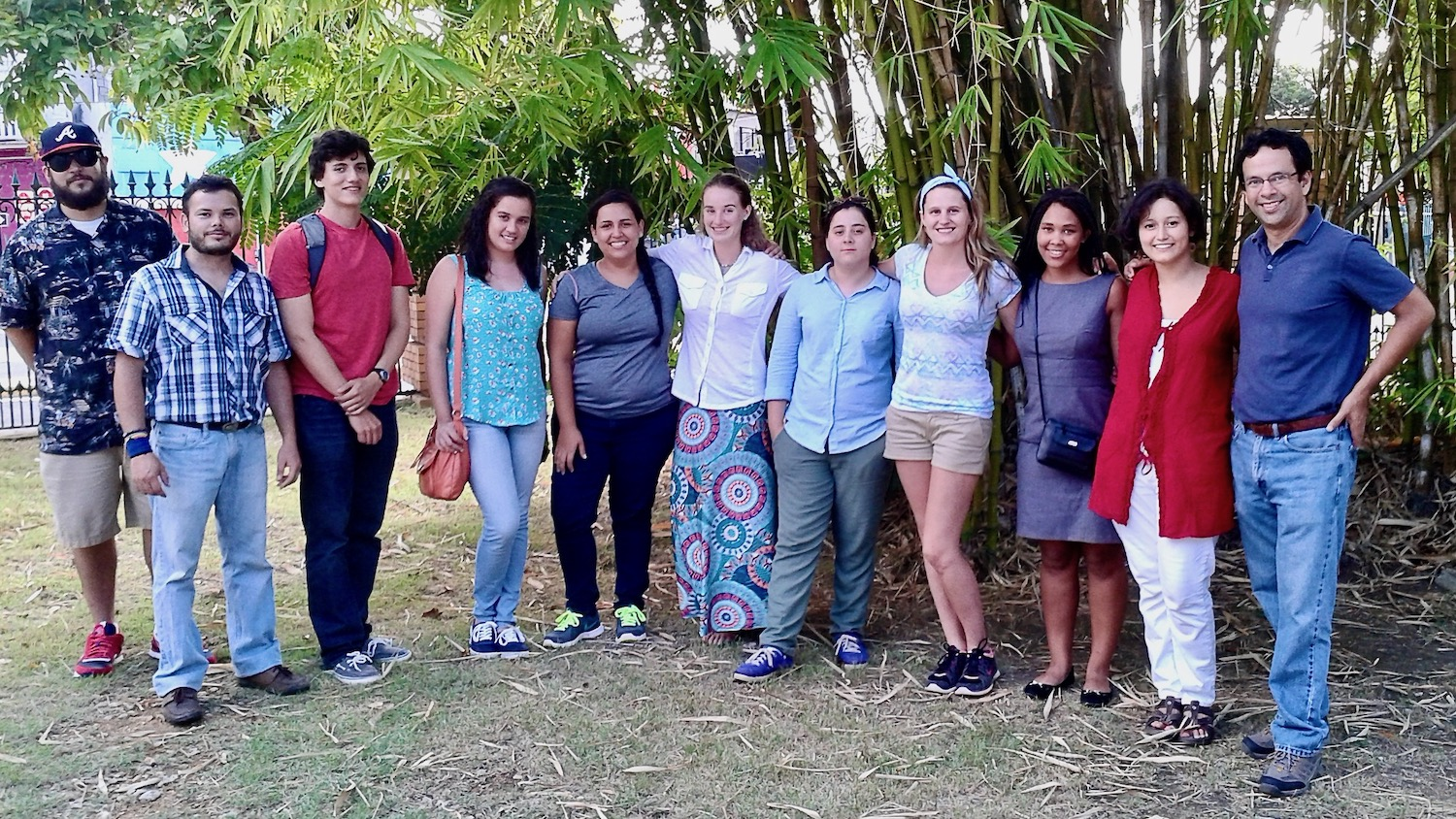 Applied Ecology REU students in Puerto Rico