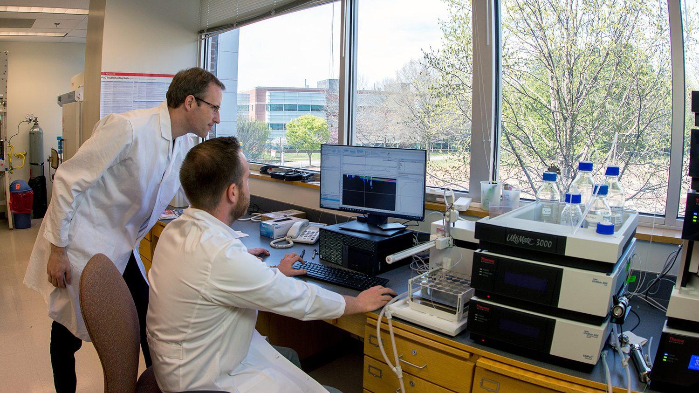Dr. Oliver Baar's lab - Centennial Campus