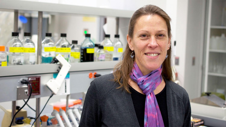 Dr. Melanie Simpson in a lab