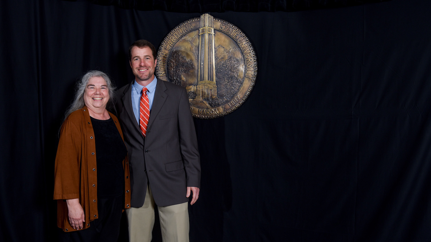 DELTA's Cathi Dunnagan pictured with Lee Ivy, 2017 Gertrude Cox Award Recipient. Photo: Becky Kirkland
