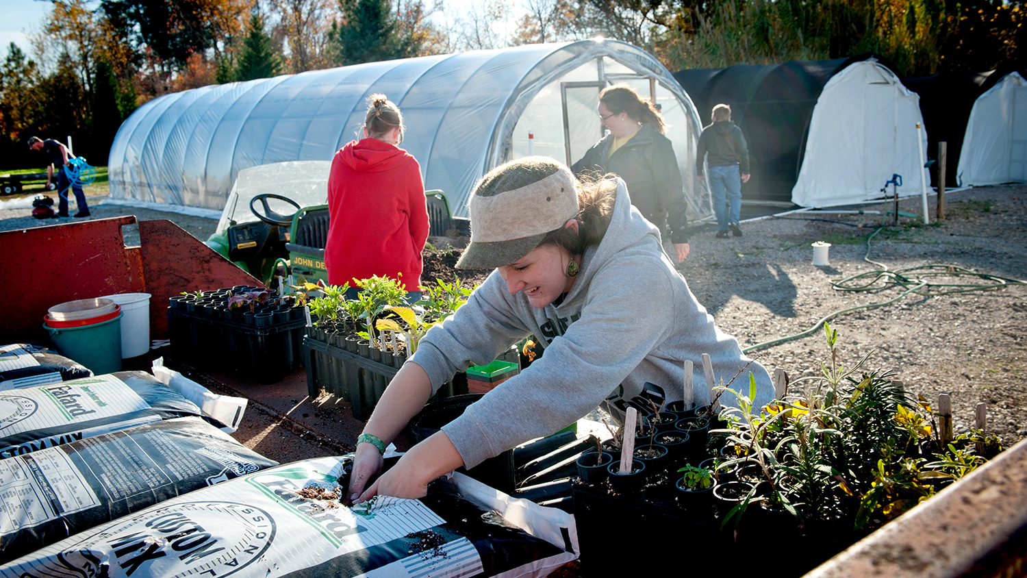 Students gain hands-on experience at the J.C. Raulston Arboretum.