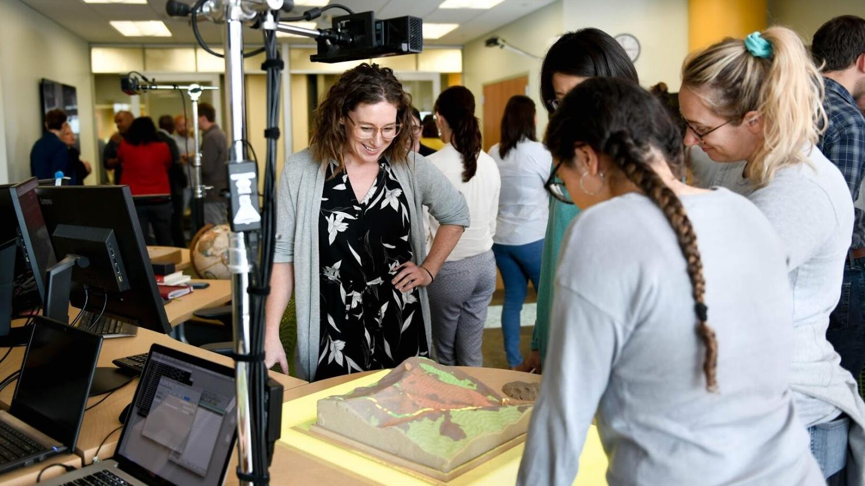 Nikki Inglis in lab
