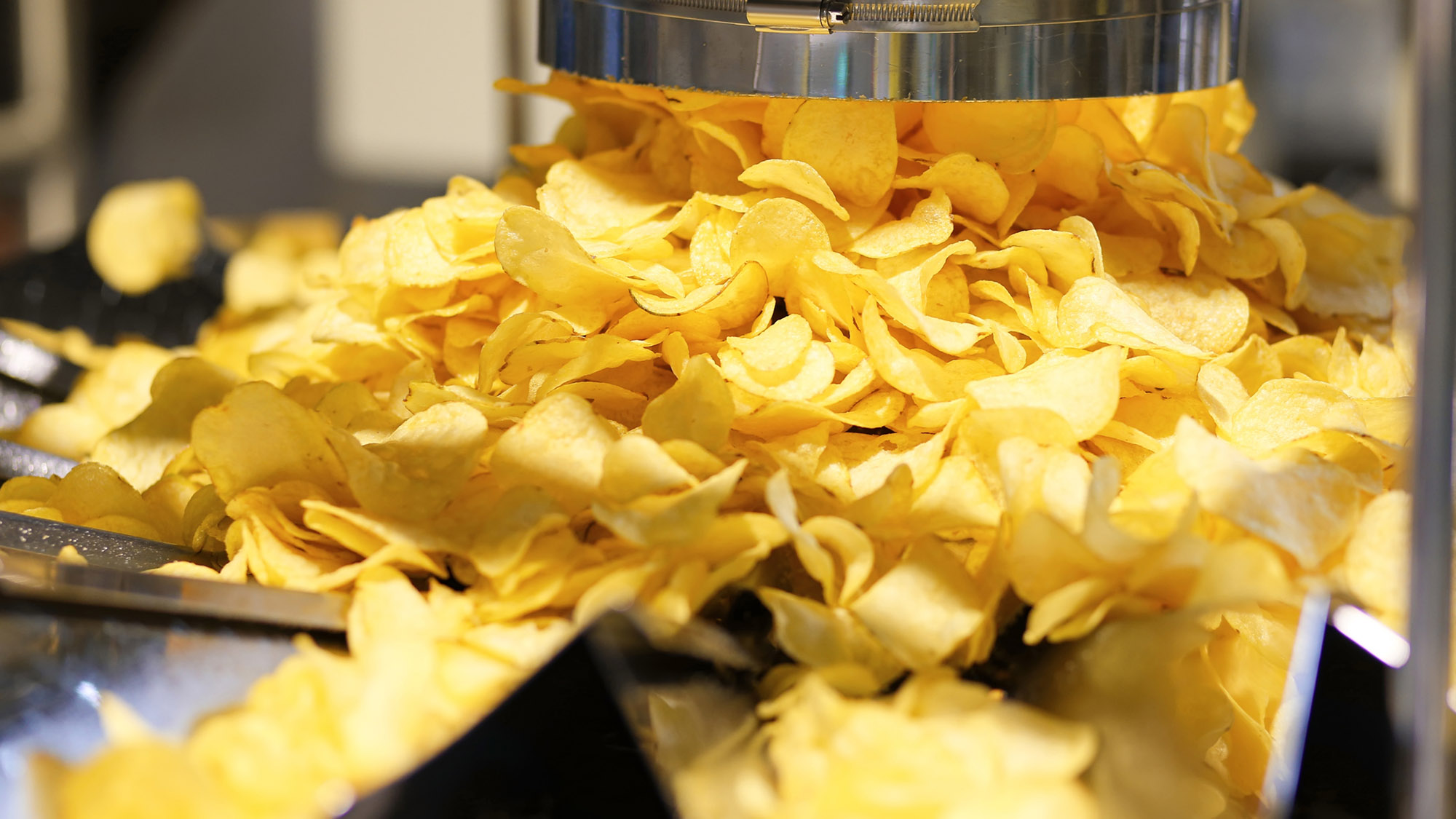 Line for the production and packaging of potato chips