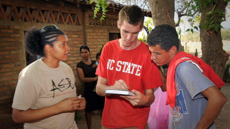 Student helping local residents at Alternative Spring Break service trip to Nicaraugra.