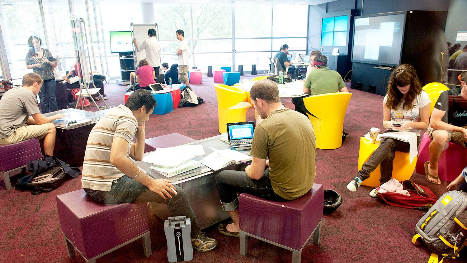 students at Hunt Library