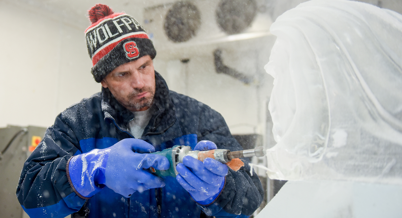 News Todd Dawson AGI Ice Sculptor