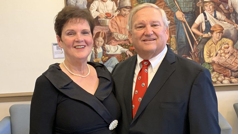 Photo of Sharon Rowland and Mike Davis