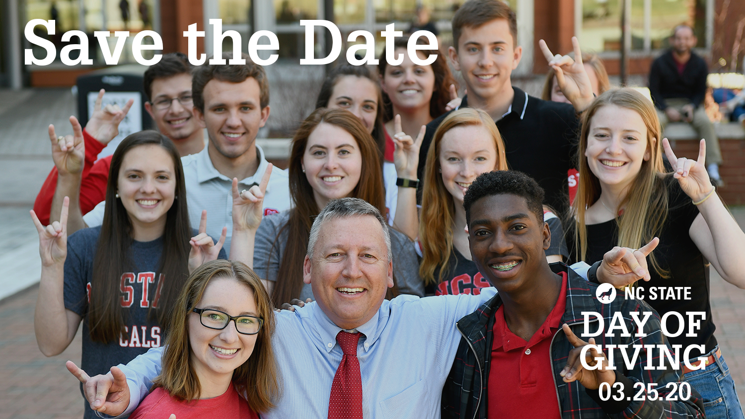 Dean Linton with students by Talley.