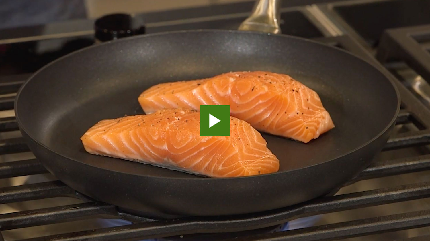 Salmon cooking on the stove