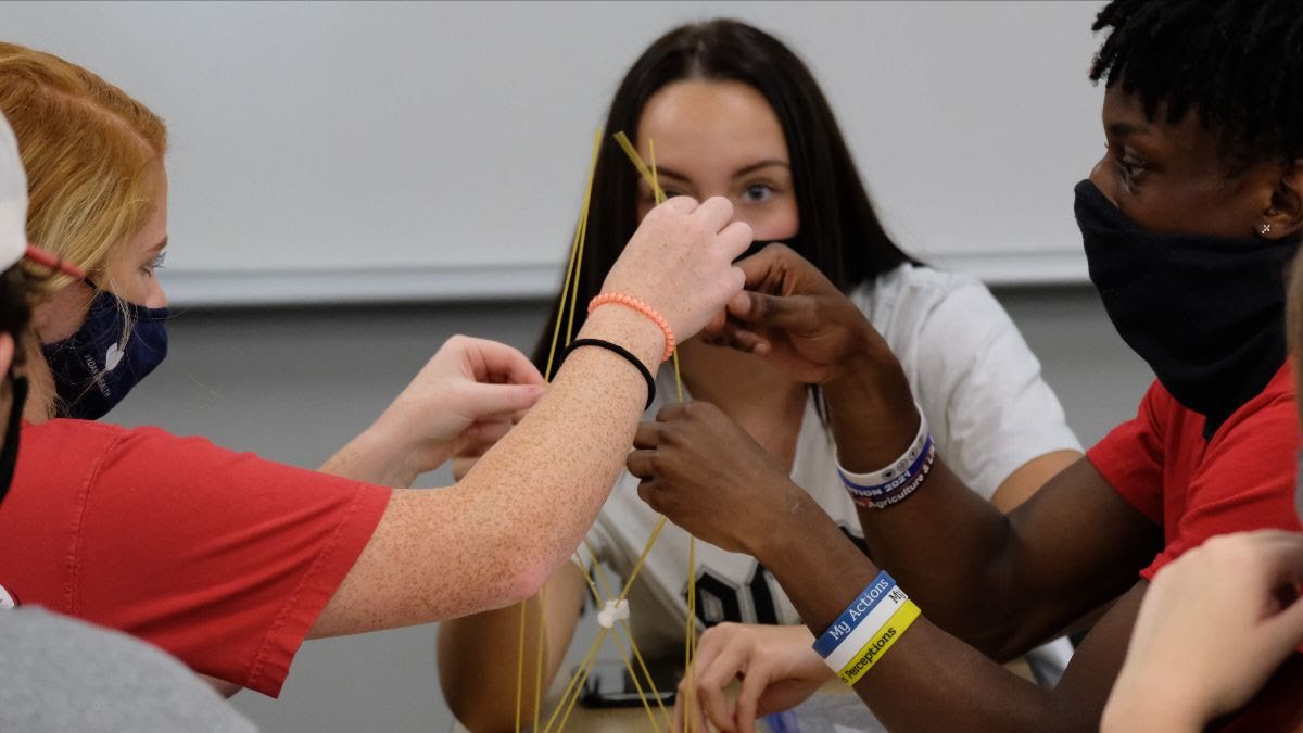 students participate in Clifton Strengths